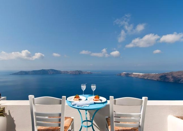 Sublime Santorini Holiday At A Boutique Clifftop Hotel Save Up To