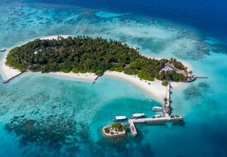 Makunudu Island, North Malé Atoll, Maldives - save 52%