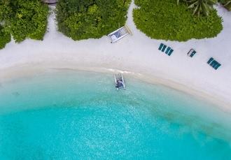 Makunudu Island, North Malé Atoll, Maldives - save 35%