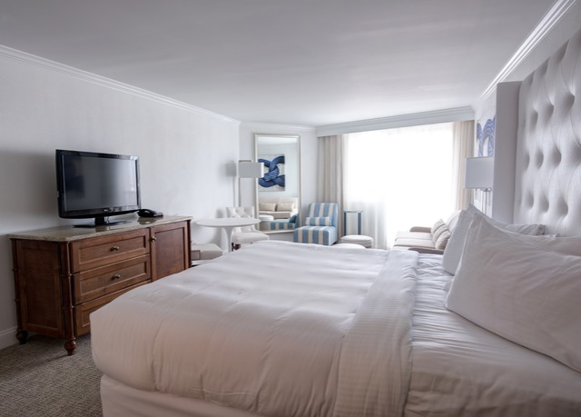 icona golden inn save up to 70 on luxury travel. Black Bedroom Furniture Sets. Home Design Ideas