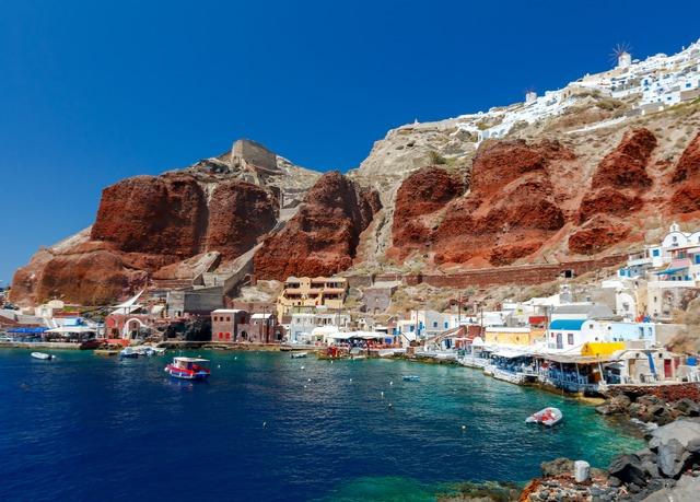 Vola a Santorini per sette fantastiche notti  Risparmia fino al 70% su vacan...