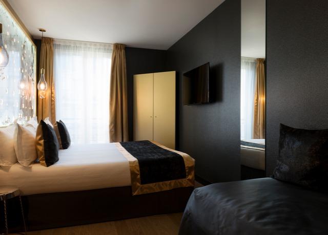 hotel les bulles de paris save up to 70 on luxury travel secret escapes. Black Bedroom Furniture Sets. Home Design Ideas