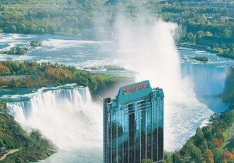 Awe-inspiring Niagara Falls & New York break, Sheraton On The Falls Hotel & Four Points by Sheraton New York Downtown Hotel - save 39%
