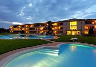 Aparthotel Golf Beach, Costa Brava, Spain - save 68%