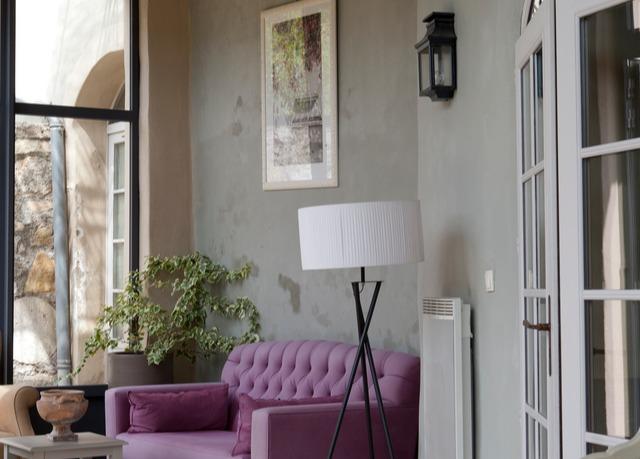 le couvent d 39 h r pian economisez jusqu 39 70 sur des voyages de luxe evasions secr tes. Black Bedroom Furniture Sets. Home Design Ideas