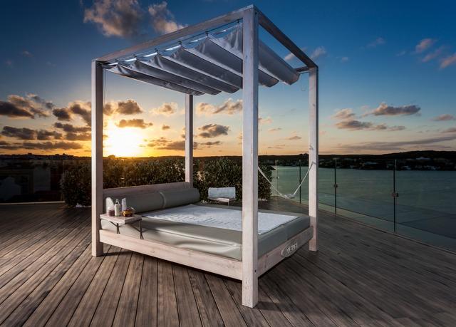 Designhotel mit meerblick im norden ibizas sparen sie for Design hotel sauerland am kurhaus 6 8