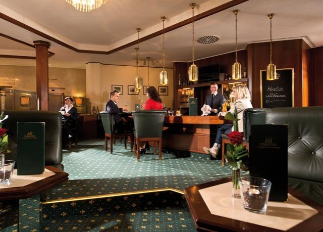 Maritim Hotel Bad Homburg  Sparen Sie bis zu 70% auf Luxusreisen