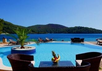 Dreamy Greek getaway on the Mamma Mia! island, Blue Green Bay, Skopelos - save 29%