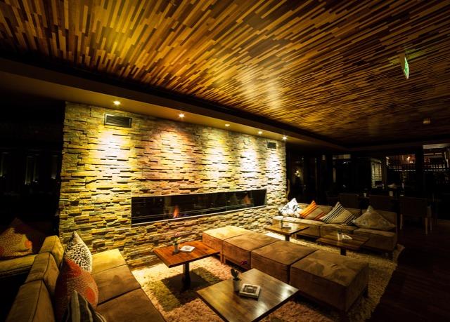 Chalet ambiente in zell am see sparen sie bis zu 70 auf for Designhotel zell am see living max