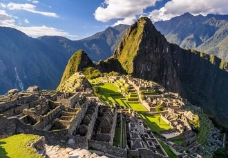 Whistle-stop tour of Peru with Machu Picchu visit, Lima, Arequipa, Puno, Cusco & Machu Picchu - save 30%