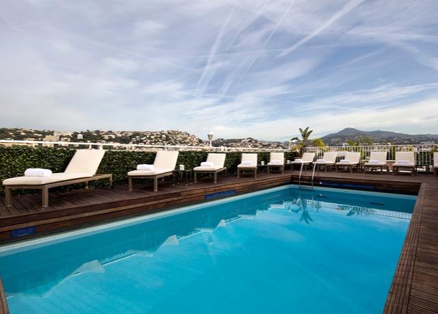Spa et piscine sur le toit nice economisez jusqu 39 70 for Hotel nice piscine sur le toit
