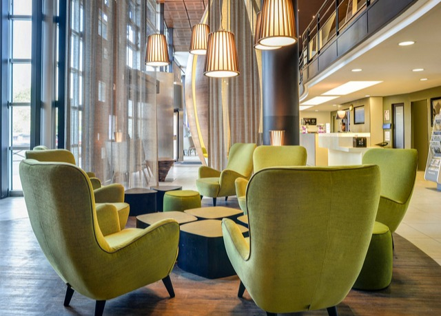 Modern hotel in southern paris save up to 70 on luxury for Modern hotel paris
