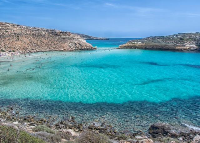 Vacanza sotto il sole di Lampedusa | Risparmia fino al 70% su ...