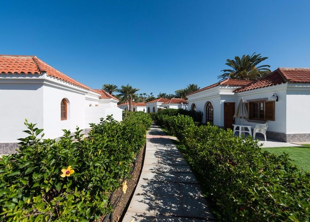 Suite hotel jard n dorado save up to 60 on luxury for Bungalows jardin dorado gran canaria