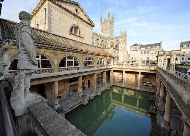 Secret hotels bath