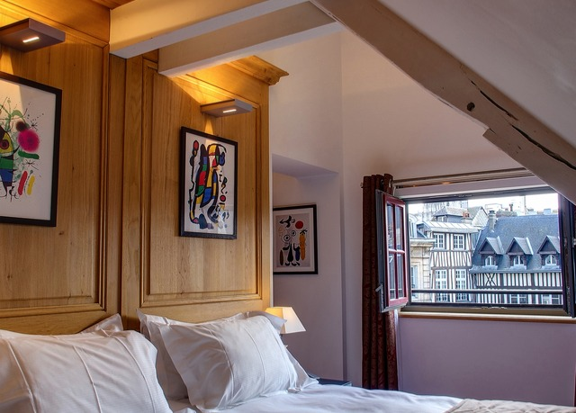 Hotel de Bourgtheroulde Autograph Collection   Save up to 60% on ...