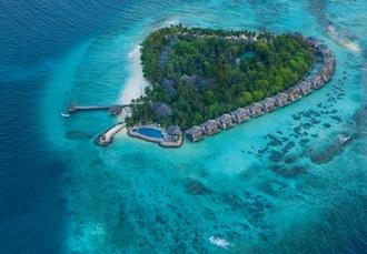 Vivanta by Taj - Coral Reef, North Malé Atoll, Maldives - save 70%