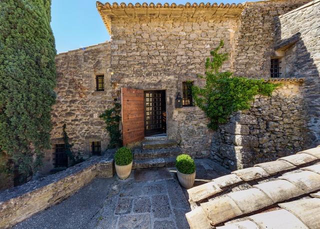 Garrigae abbaye de sainte croix save up to 60 on luxury for Abbaye de sainte croix salon de provence restaurant