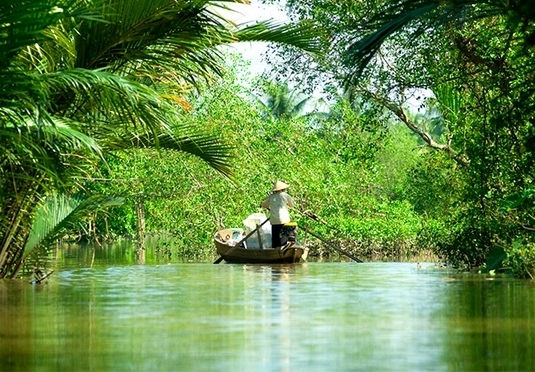 Vietnam city-to-beach break with Mekong & Cu Chi Tunnels extensions