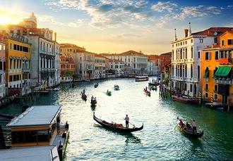 Romantic Venice break with gondola ride, Hotel Bonvecchiati, Italy - save 30%