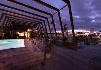Designhotell med vinfokus i Solna 075d08953828a