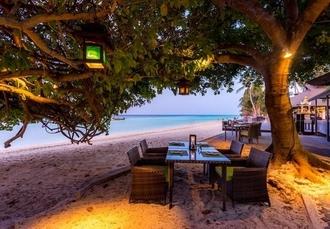Blissful Thailand beach-hopping holiday with four dreamy resorts, Phi Phi, Krabi, Koh Lanta & Phuket - save 28%