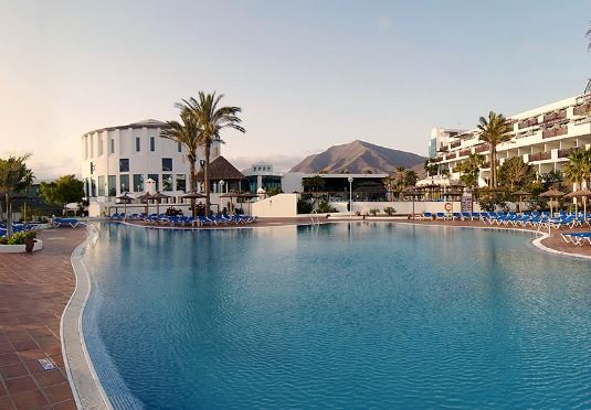 All inclusive lanzarote holiday save up to 60 on luxury for Luxury holidays all inclusive