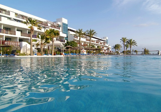 All inclusive luxury lanzarote holiday save up to 60 on for Luxury holidays all inclusive