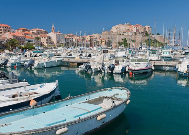 Séjour de 3 à 14 nuits en Corse avec vols inclus