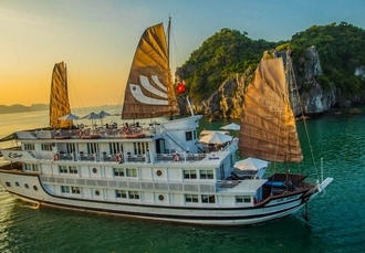 Enticing Vietnam & Cambodia holiday with Halong Bay cruise, Hanoi, Halong Bay, Siem Reap & Hoi An - save 27%