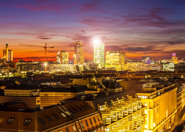 modernes cityhotel im herzen der berliner city west sparen sie bis zu 70 auf luxusreisen. Black Bedroom Furniture Sets. Home Design Ideas