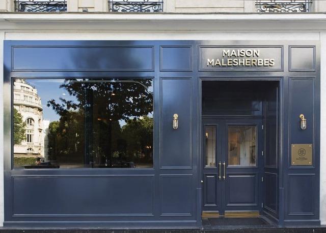 Paris standard double room