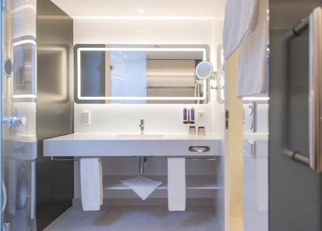 Nur heute designhotel im herzen stuttgarts sparen sie for Stuttgart designhotel
