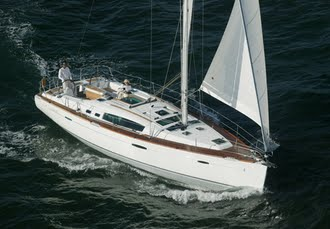 Yachting on the Solent with a choice of two unique stays, Sail between Lymington & the Isle of Wight - save 30%