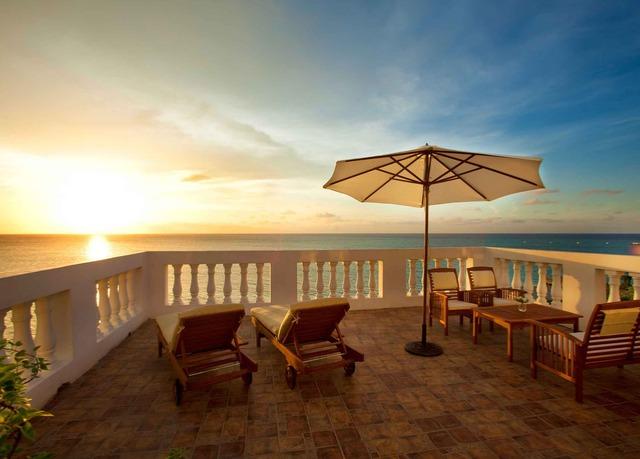Deluxe Garden Or Pool View Room. Jamaica