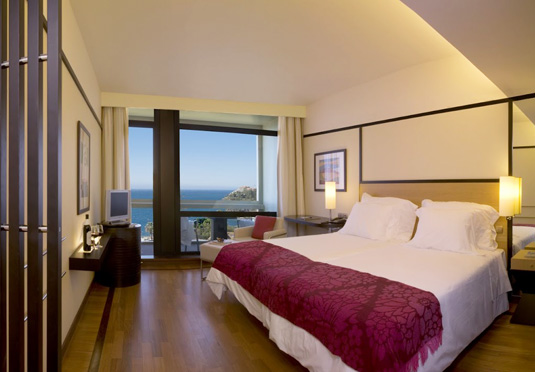 5 design hotel madeira holiday save up to 60 on luxury for Design hotel madeira