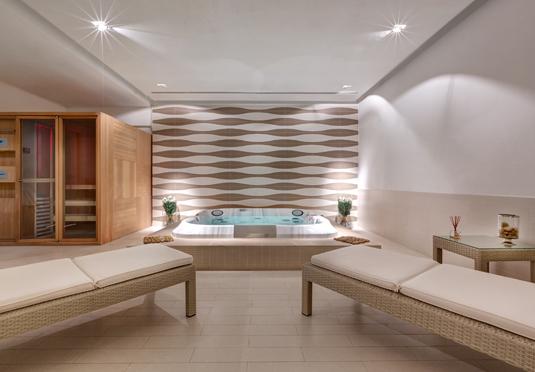 leon 39 s place save up to 60 on luxury travel secret. Black Bedroom Furniture Sets. Home Design Ideas