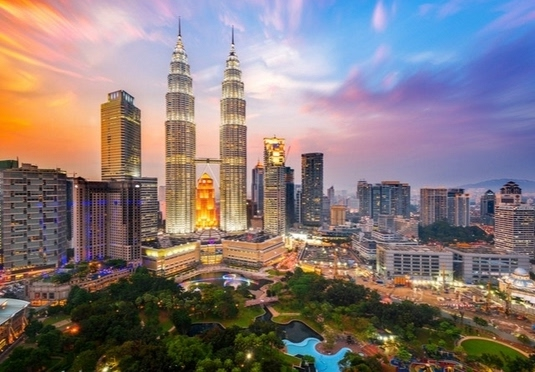 Luxe Kuala Lumpur & Singapore stays before tropical Thailand bliss