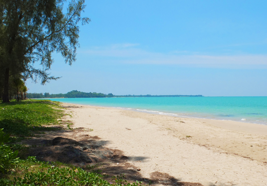 Luxury Thailand beach holiday - Save up to 70% on luxury travel ...