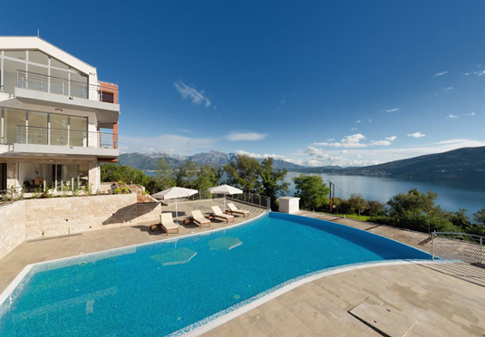 Scenic Montenegro Apartment Holiday Save Up To 70 On Luxury