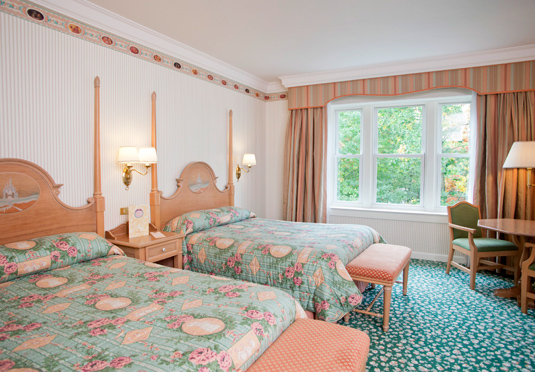 Disneyland paris with eurotunnel save up to 60 on for Hotel des secrets paris