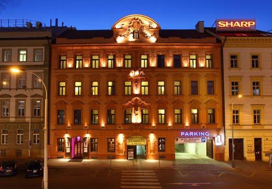 Berlin prague twin centre break save up to 60 on for Design hotel elephant praga